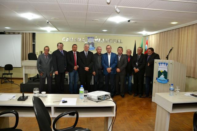Pastor Abel Nunes agradece título de cidadão em visita à Câmara Municipal