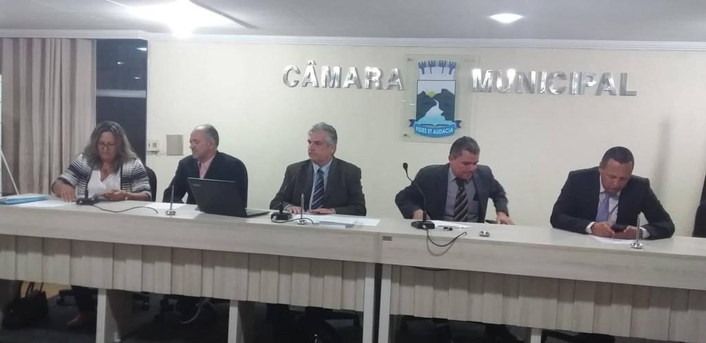 Retorno do vereador Raul Formiga marca sessão da Câmara de Monteiro.