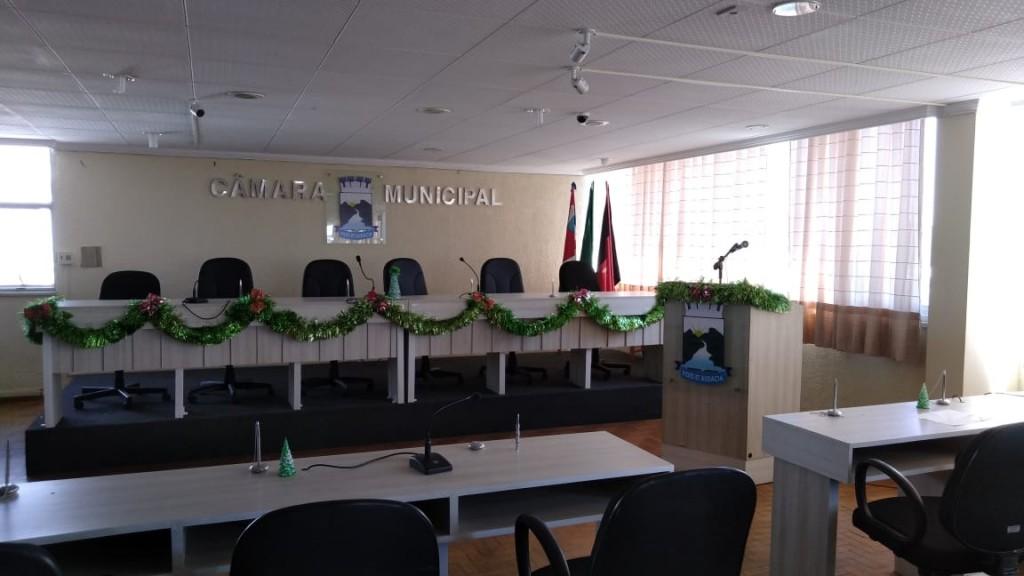 Decoração de Natal da Câmara Municipal de Monteiro.