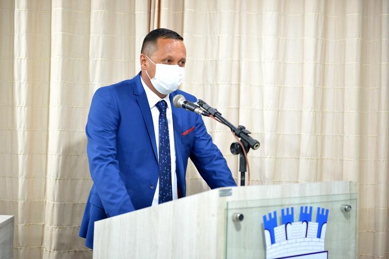 Presidente da Câmara Municipal de Monteiro Sandro Lira, deu início nesta segunda-feira no comando do legislativo monteir