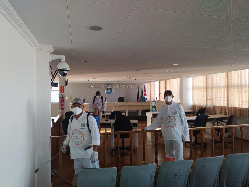 Com o objetivo de tentar impedir a disseminação do novo Corona Vírus, o Presidente da Câmara, Sandro Lira, autorizou nes