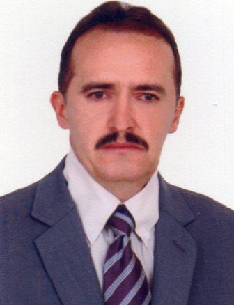JOSÉ ROBERTO  (NEM DE JÚLIA)